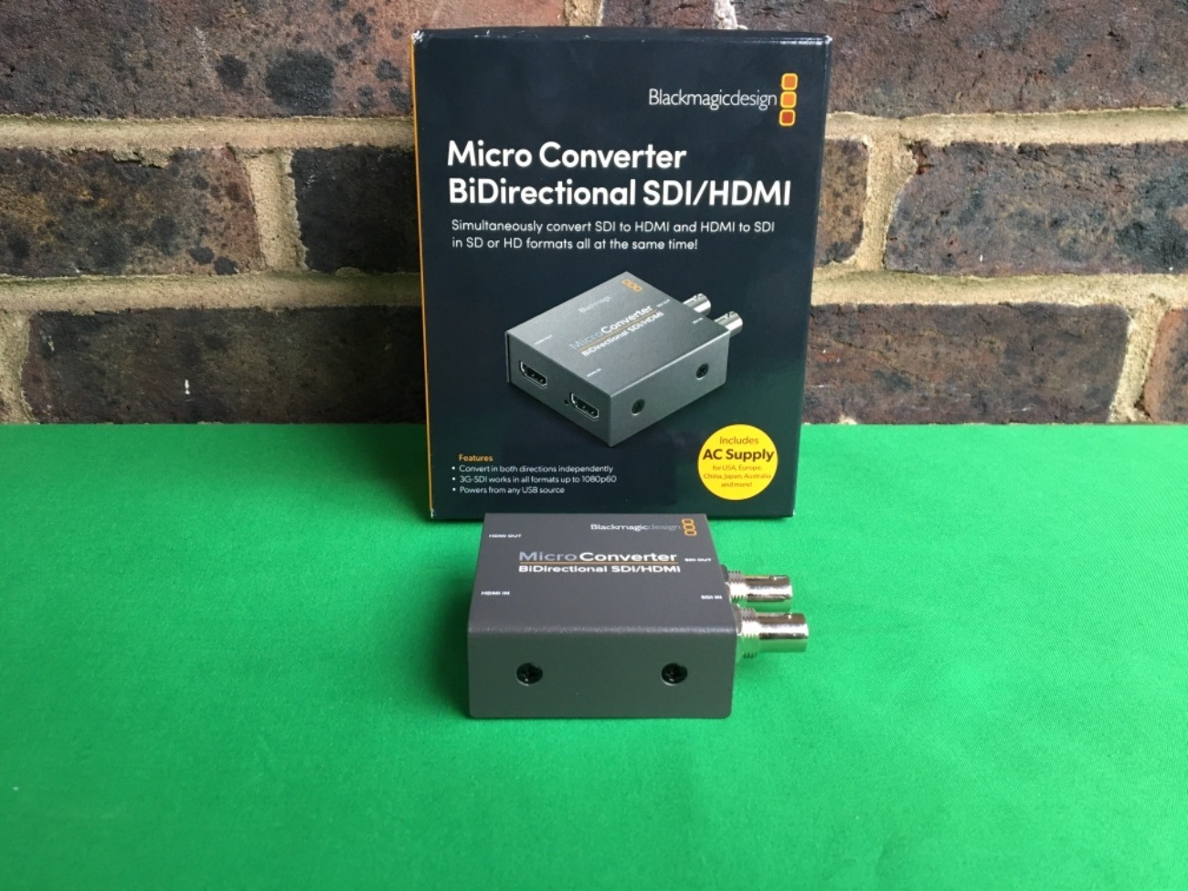 Rent 1x Hdmi To Sdi Sdi To Hdmi Converter Blackmagic Design Micro Converter Bidirectional Hdmi Sdi For Atem Mini In Croydon Rent For 11 00 Day 50 00 Week 330 00 Month Fat Llama