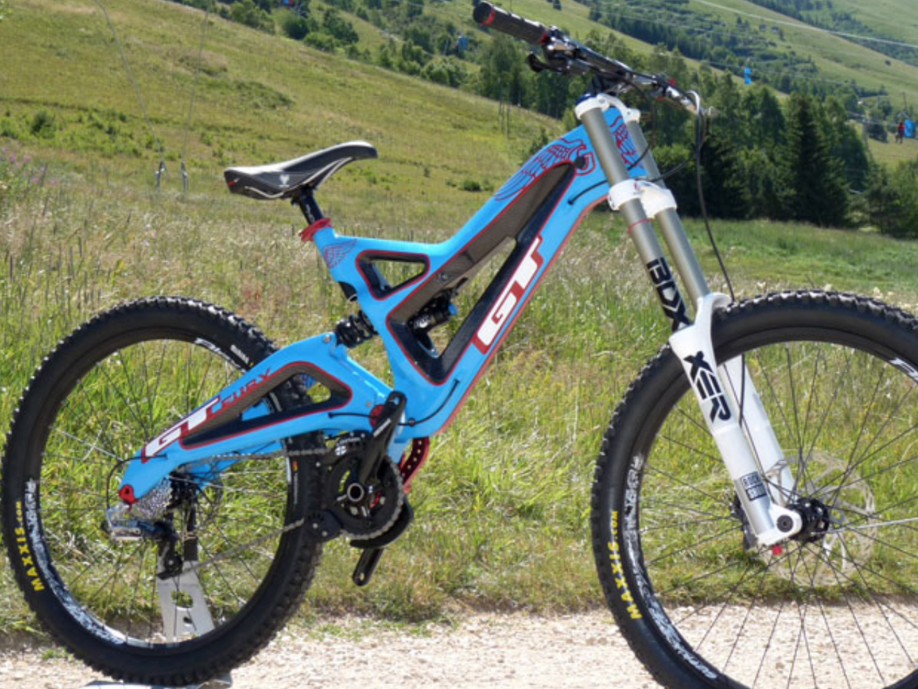 5d9256f4149 Rent Carbon Fiber GT Fury Downhill Mountain Bike in New York | Fat Llama