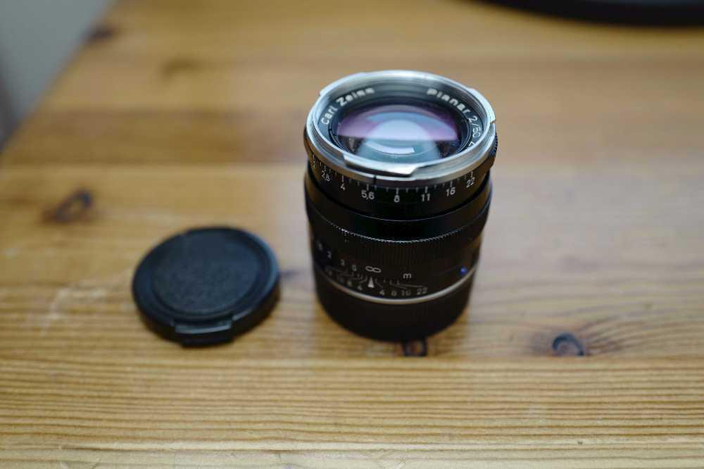 Carl Zeiss planar 50mm f/2 Lens