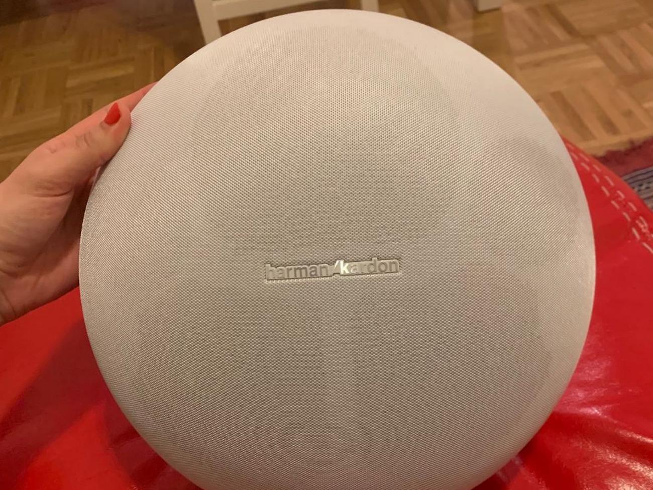 Harman Kardon Onyx Studio 4 Wireless Bluetooth Speaker White
