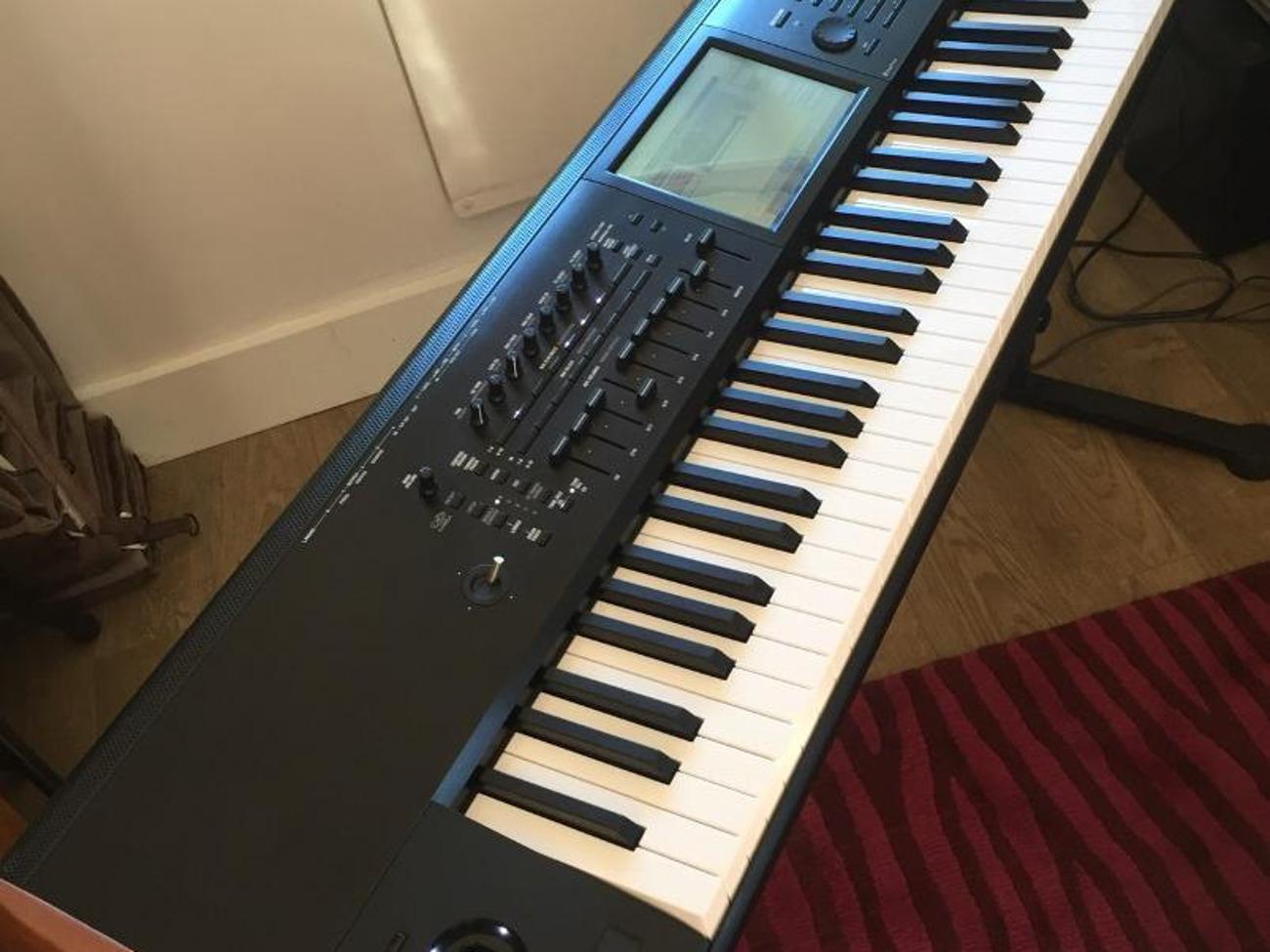Korg Kronos 2 88 keys