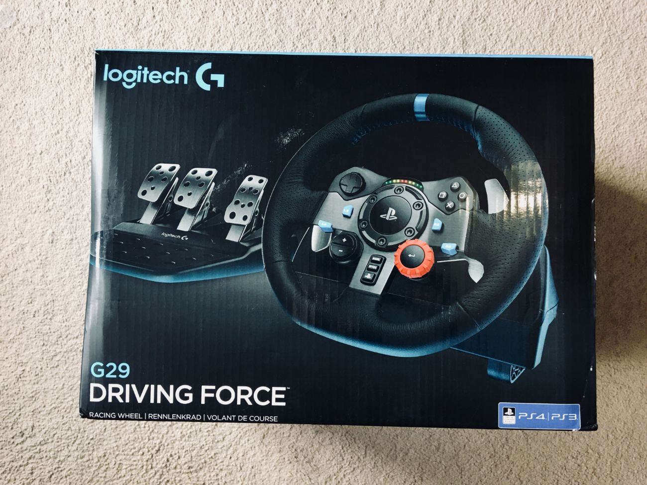 Logitech G29 - Racing Steering wheel & Pedals for PC,PS3 & 4