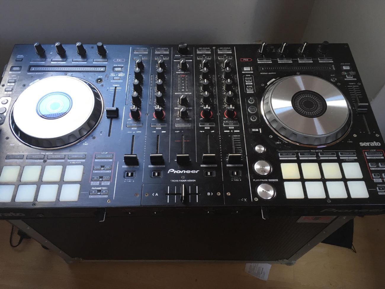 Pioneer DDJ SX DJ Controller for Serato & Rekordbox