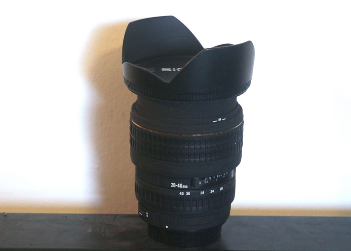 Sigma 20-40 mm F2.8 Lens Canon mount - 1