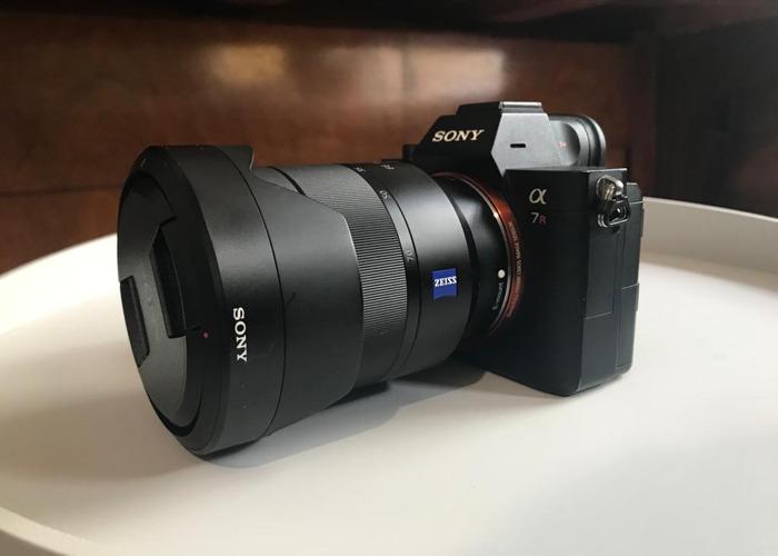 Sony A7R III + 64GB Memory Card + Camera Bag - 1