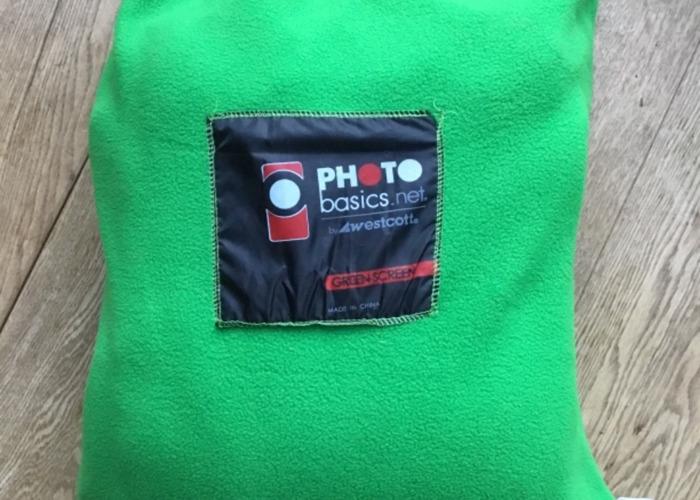 130 9' x 10' Green Screen Chroma Key Backdrop - 2