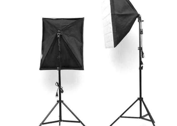 135W Photography Studio Softbox & stand  - 2