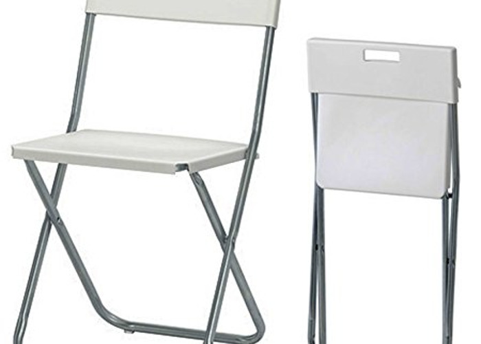 15 Folding Chairs - 1