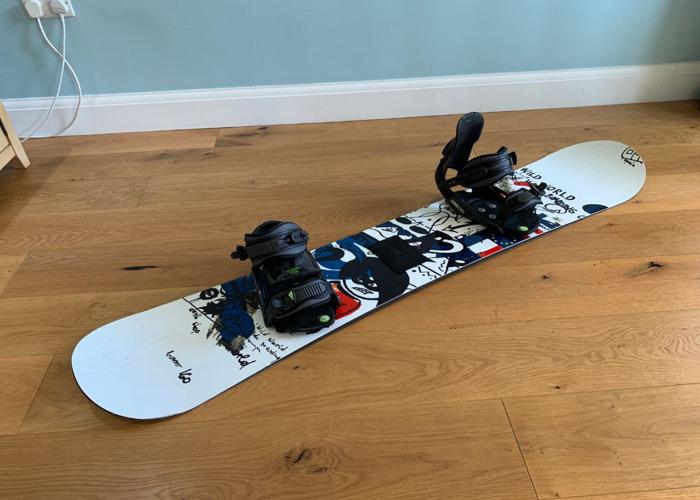 160cm SNOWBOARD WITH MATRIX BINDINGS - 1