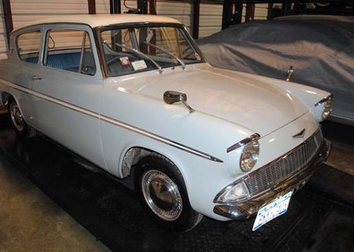 1962 Ford Anglia - 2
