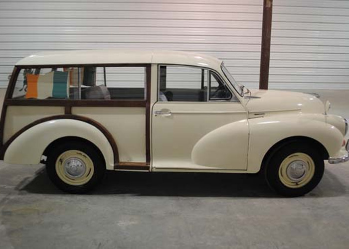1964 Morris Wagon - 2