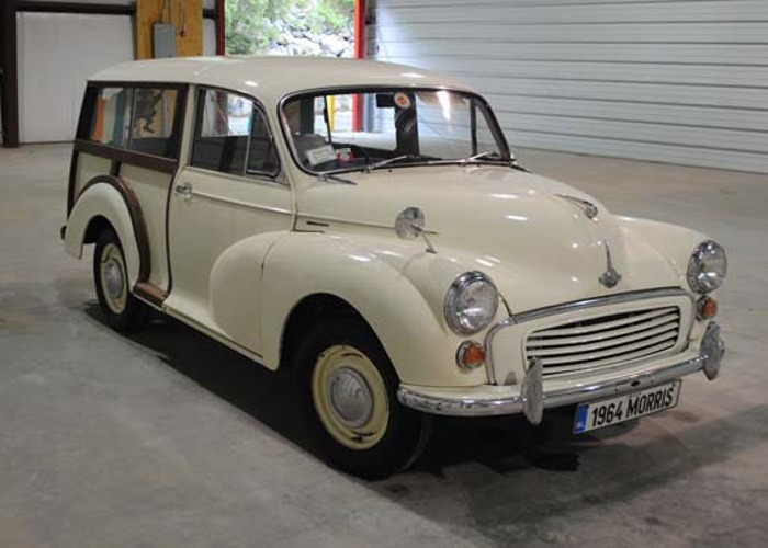 1964 Morris Wagon - 1