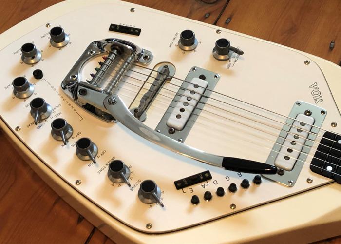1966 Vox V251 Guitar Organ - Unique Space-Age Guitar - 2