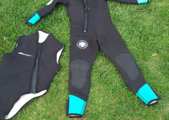 2 piece ladies scuba wetsuit size XM - 1