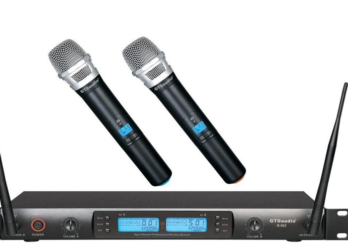 2 wireless Microphones system with XLR ouput - 1