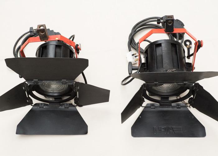2 x 650w Fresnel lamp - 2