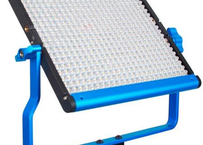 2 x Dracast S-Series LED500 Panel (Bi-Color with Dual NPF Ba - 1