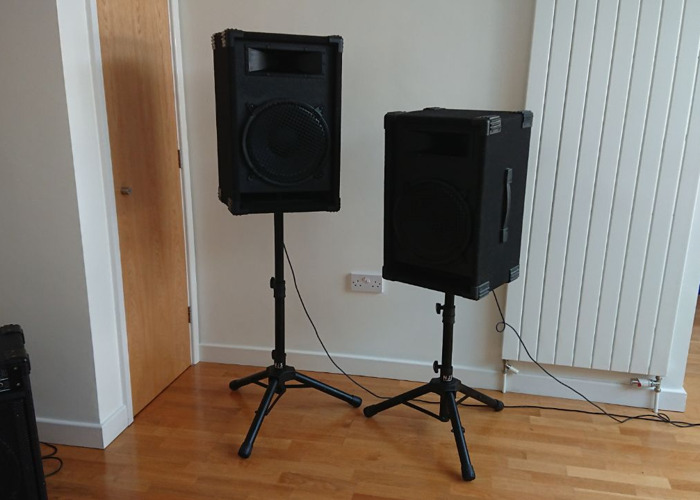 2 x Malone Speakers 3 way 250w with DJS Stands - 1