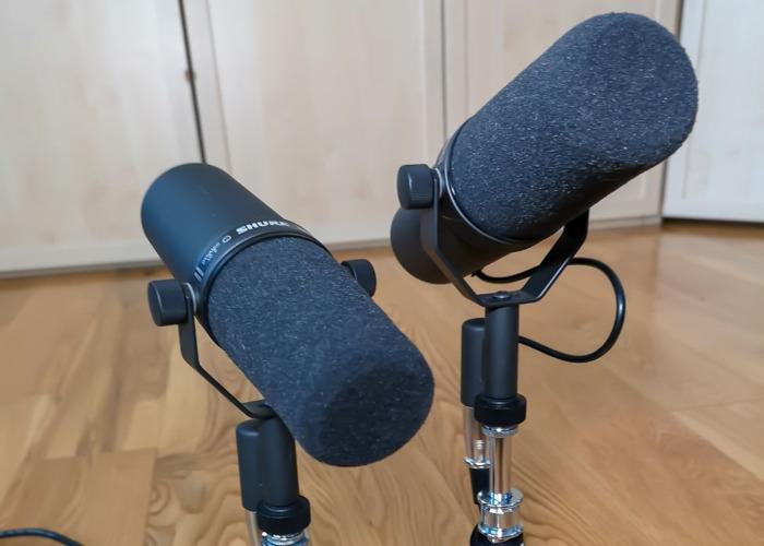 2 X Shure SM7B // Cardioid Dynamic Microphone - 1