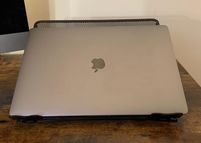 2018 Apple MacBook Pro 15 - 2