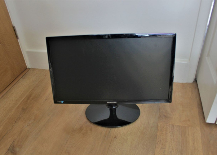 """22"""" Computer Monitor LED - Samsung  - 1"""