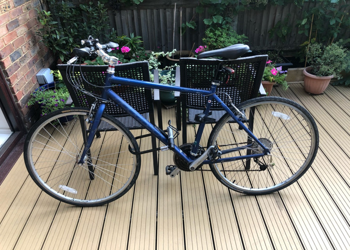 24 speed hybrid bike + Lock - 1