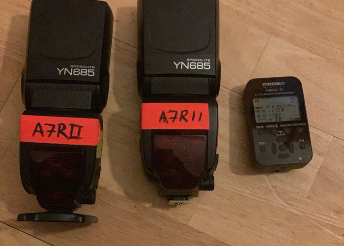 2x Yongnuo YN685 Speedlight Flash for Canon + Trigger - 1