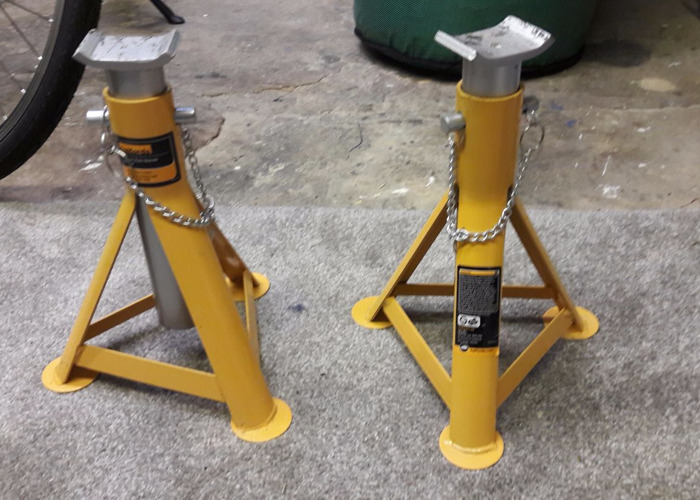 3 Tonne Axle Stands - 1