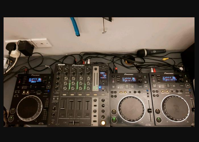 3 x CDJ 350 + DJM 700 (PIONEER SETUP) - 1