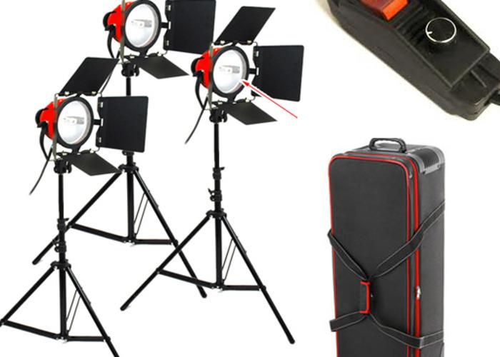 Red Head Studio Lighting Kit - 1