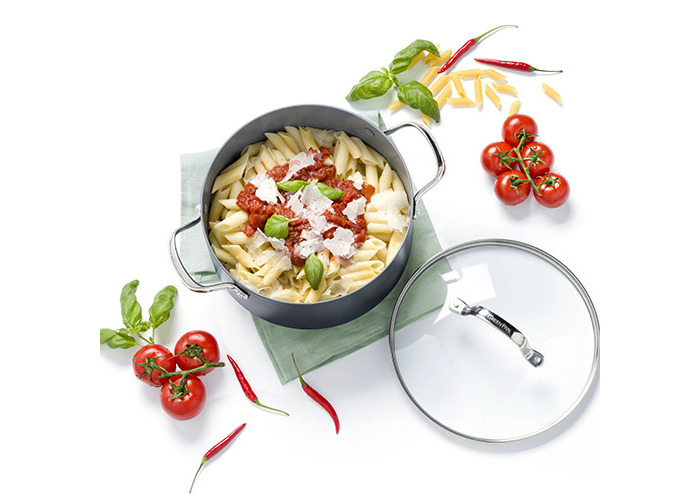 30cm Shallow Casserole with Lid 4.8L - 2