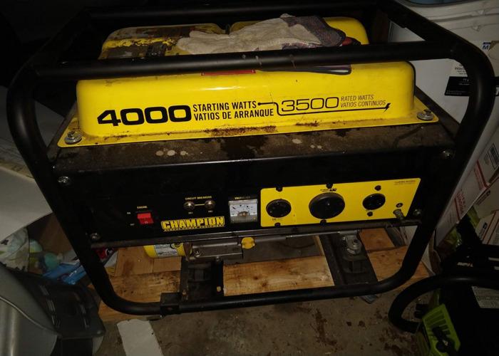 3500 Watt 120v Champion Generator - 1