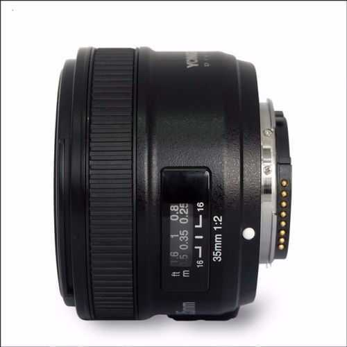35mm lens-nikon-ef-fit-72228771.jpg