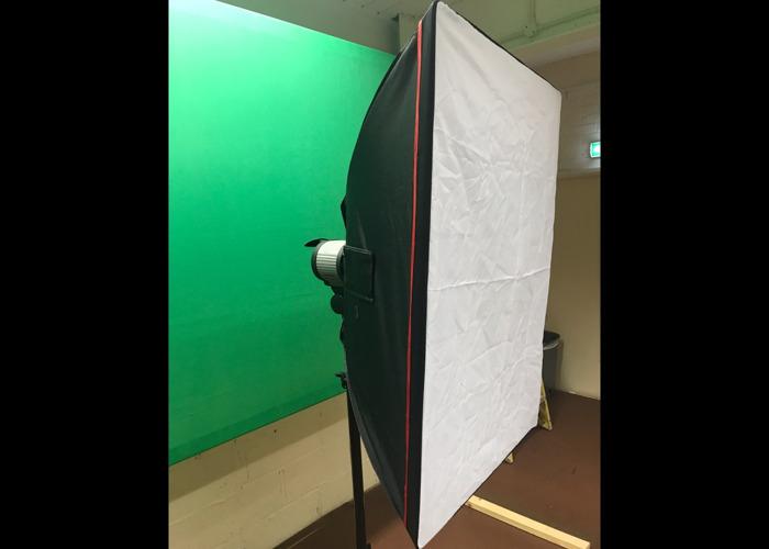 3x 1000w video lights - film lighting -photography lighting - 2