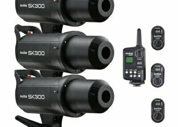 3x Godox SK300 Studio Strobe Flash Heads Universally Trigger - 1