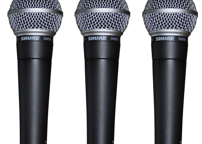 3x Shure SM58 Wired Microphone's with XLR's + 3x Mic Stands - 1