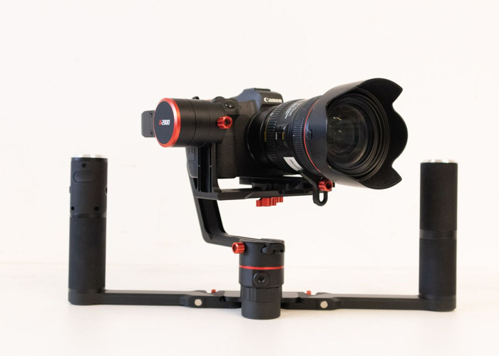 4K EOS R with 3-Axis Steady gimbal and Operator - 2