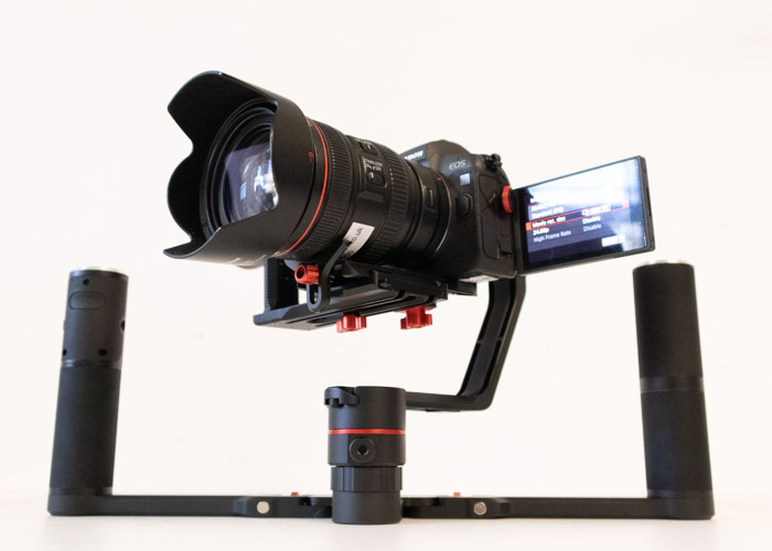 4K EOS R with 3-Axis Steady gimbal and Operator - 1
