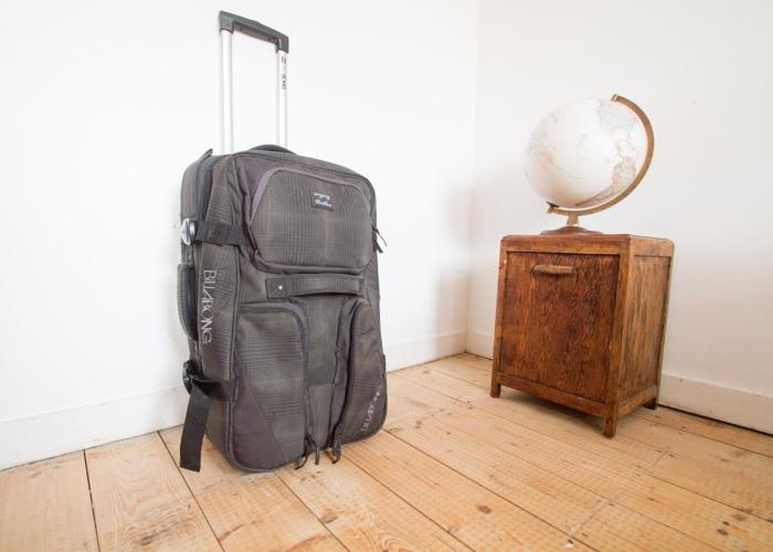 5 or-15--billabong-tough-wheely-suitcase--59212474.jpg