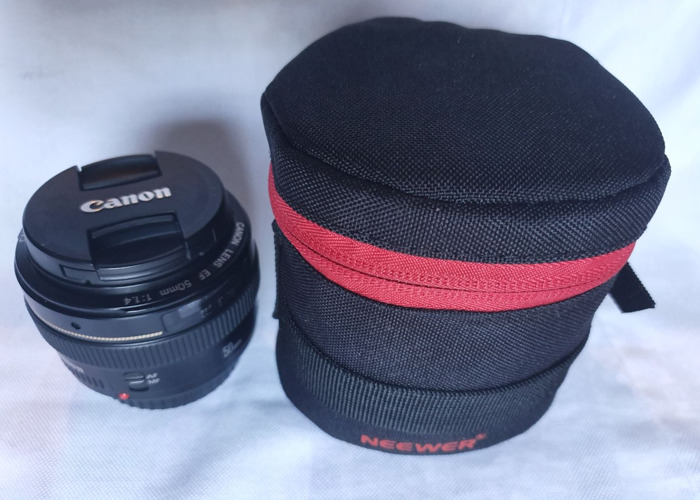 Canon EF 50mm f/1.4 USM Len with case - 1