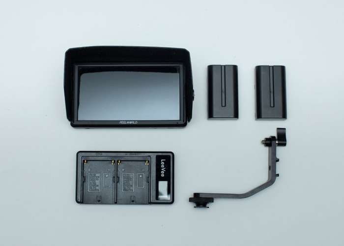 5.5 inch On Camera DSLR Field Monitor - 1