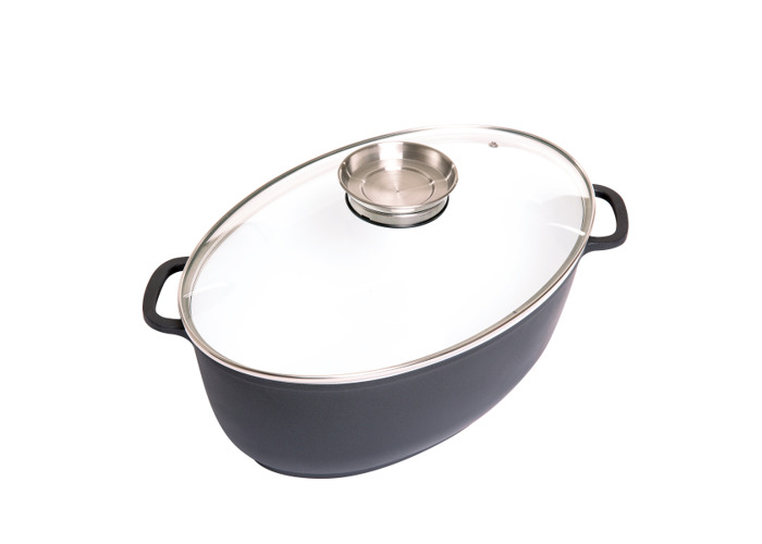 8 Litre Oval Ceramic Coated Cooking Pan with Aroma Lid - 1