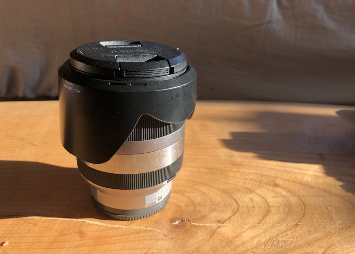 80-200mm Sony Zoom Lens f3.5-6.3 OSS  (APS-C) - 1