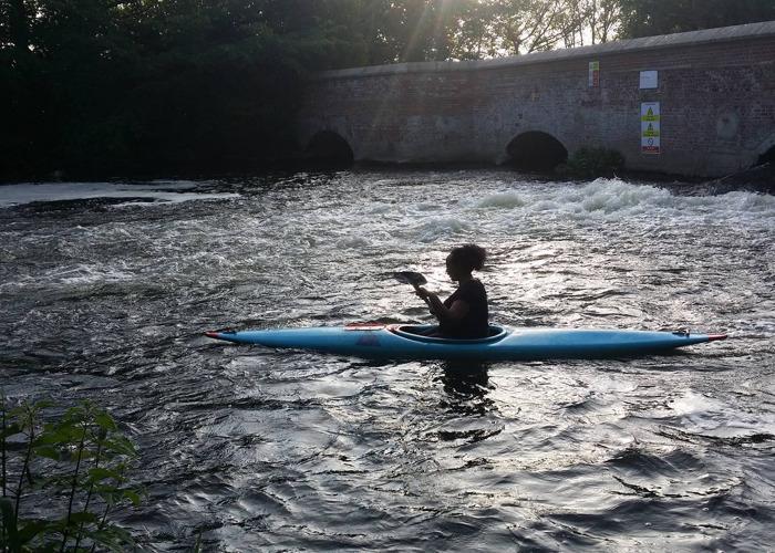 Adult single person kayak (blue) - 1