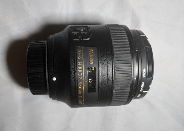 AF-S NIKKOR 85mm 1:1.8G LENS + HOYA REVO UV Filter - 1