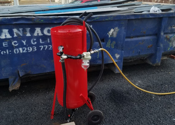 air compressor and sandblaster pot - 1
