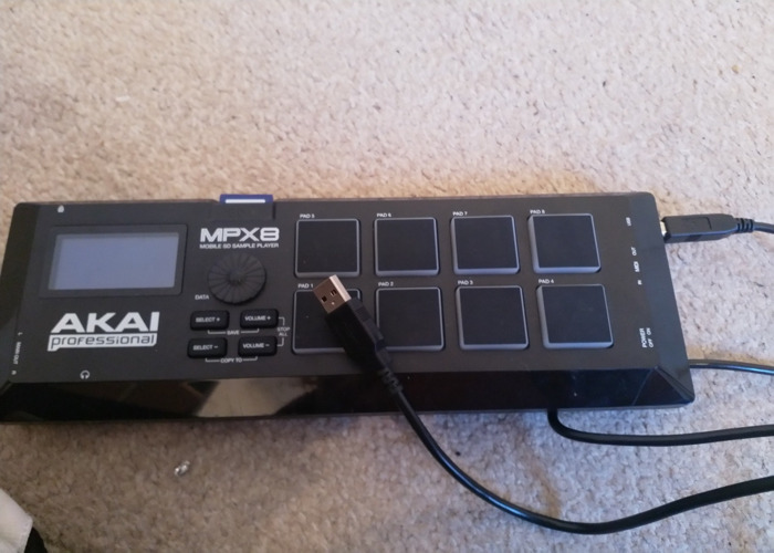 Akai MPX8 mobile SD sample player - 2