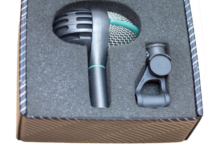 AKG D112 microphone - 1
