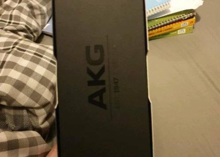 AKG N60 Wireless headphones - 2