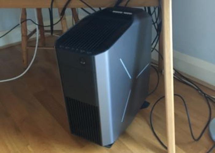 Powerful Alienware Aurora Desktop PC - 1
